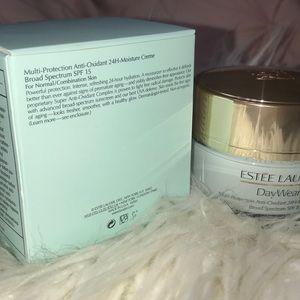 Estee Lauder Makeup - Estée Lauder Anti-Oxidant 24Hr Moisturizer SPF 15